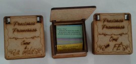 Caixa promessa madeira quadrada,cada